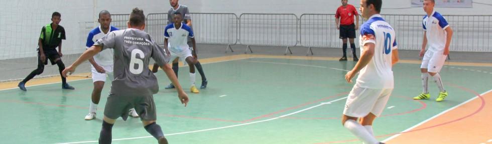Disputa de futsal em Pouso Alegre. Foto: Felippe Drummond/SEESP